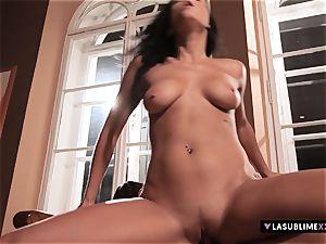 LASUBLIMEXXX Victoria Blaze has an powerful hook-up fantasy
