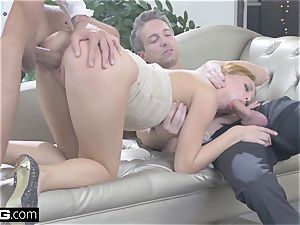 Kira takes two jizz-shotguns in her fuck-holes in this glam nail
