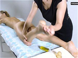 Lika Volosatik sumptuous wooly massage