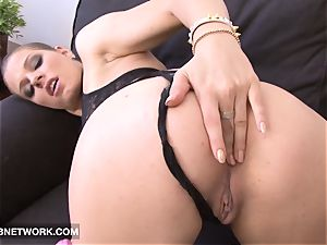 interracial fuck My milky booty and pack it with jism