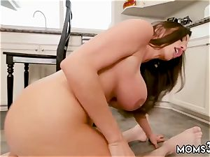 Condom violates in mummy and molten cougar casting Borrowing Milk From my Neighbor