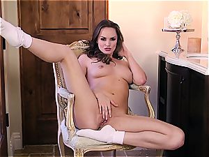 Why the hell is Tori black so banging delicious