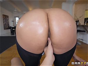 Cristal Caraballo poked in her latina pussyhole