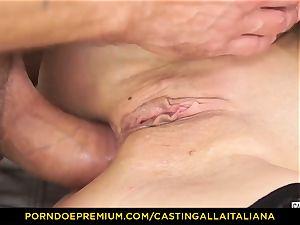 audition ALLA ITALIANA - Blue-eyed woman gets ass pummeled