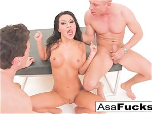 Asa Akira has a warm ass-fuck threeway