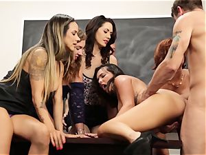 Veronica Avluv showcases warm ladies how to squirt