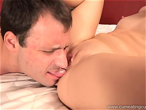 Goldie Has cheating spouse eat cum filled twat