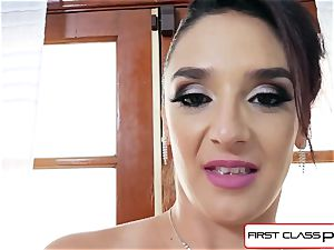 very first Class point of view - Sheena Ryder throating a phat fuck-stick