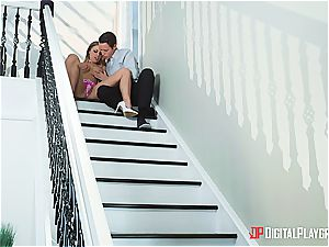 Britney Amber can tempt any men she loves