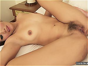 Thai nymph getting her wide open beaver smashed
