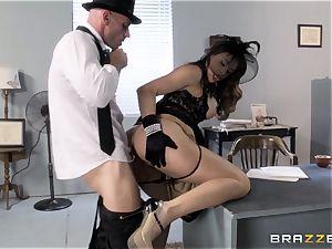 Chanel Preston hankers Johnny Sins phat man-meat