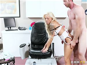 Nina Elle - touch my gams and do rubdown my vag