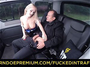 fucked IN TRAFFIC - marvelous towheaded ravaged in backseat