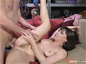 Dana DeArmond gets her sumptuous cock-squeezing cootchie licked and toyed with