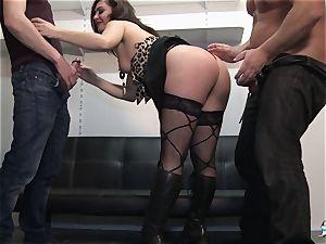 LaCochonne - French Julia Gomez in warm anal invasion three-way