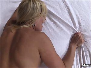 torrid blonde cougar creampie sensation
