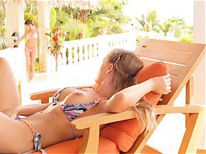 Madison Ivy and Nicole Aniston cootchie joy in bikinis