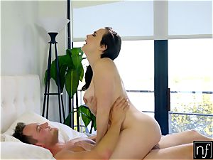 Sleeping Chanel Preston Wakes Up To sizzling romp S4:E5